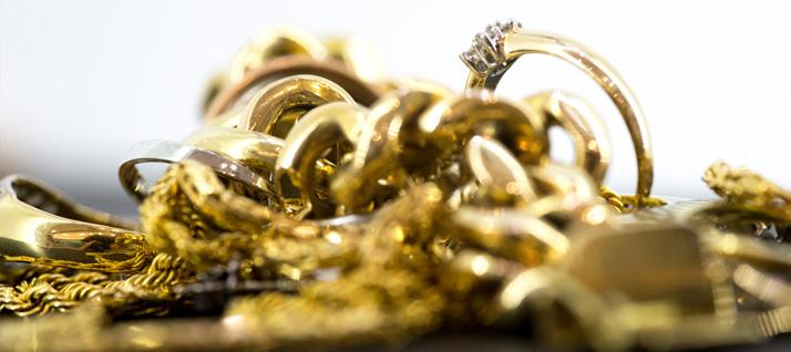 m chten sie goldschmuck verkaufen haben sie altgold rumliegen. Black Bedroom Furniture Sets. Home Design Ideas